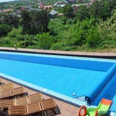 Sunny Mountain Hotel Хуст бассейн