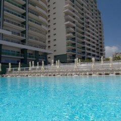 Отель Summer Breeze Слима бассейн