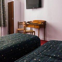 Отель Hôtel Exelmans 2* Стандартный номер с двуспальной кроватью фото 4