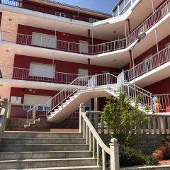 Отель Hostal Montreal Стандартный номер с различными типами кроватей фото 16
