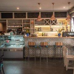Отель Al Lago гостиничный бар