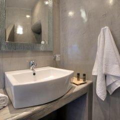 Отель Remvi Suites Греция, Остров Санторини - отзывы, цены и фото номеров - забронировать отель Remvi Suites онлайн ванная