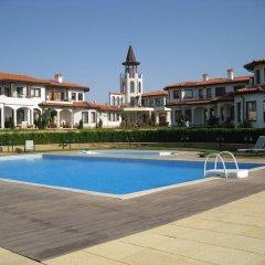 Отель BlackSeaRama Golf & Villas Балчик бассейн
