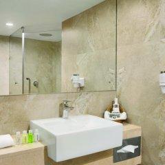 Отель Ramada Colombo 4* Стандартный номер с различными типами кроватей фото 5