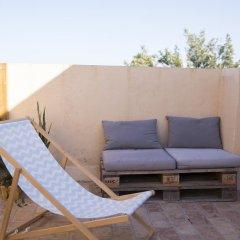 Отель Nexo Surf House Испания, Вехер-де-ла-Фронтера - отзывы, цены и фото номеров - забронировать отель Nexo Surf House онлайн бассейн