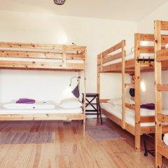 Lisbon Chillout Hostel Кровать в общем номере фото 8