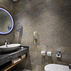 DoubleTree by Hilton Hotel Istanbul - Piyalepasa 5* Стандартный номер с различными типами кроватей фото 6