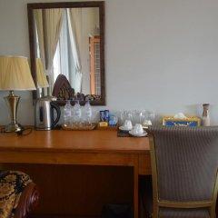WEStay at the Grand Nyaung Shwe Hotel 3* Улучшенный номер с различными типами кроватей фото 4