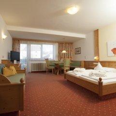 Отель Baumgartner's Blumenhotel Сцена комната для гостей фото 5