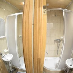 Karlson House Hostel Санкт-Петербург ванная