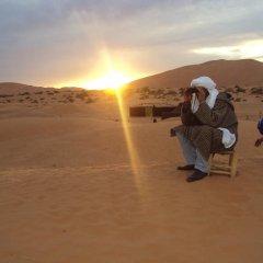 Отель Night Desert Camp Марокко, Мерзуга - отзывы, цены и фото номеров - забронировать отель Night Desert Camp онлайн пляж