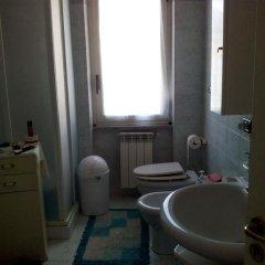 Отель Tra Gli Ulivi Кастровиллари ванная