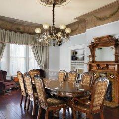 Отель The Gatsby Mansion Канада, Виктория - отзывы, цены и фото номеров - забронировать отель The Gatsby Mansion онлайн питание фото 3