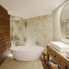 Отель Claris G.L. 5* Улучшенный номер с двуспальной кроватью фото 6