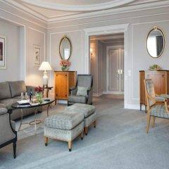 Four Seasons Hotel Ritz Lisbon 5* Люкс Премиум