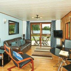 Отель York Lakeside Lodges комната для гостей фото 2