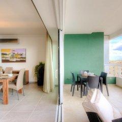 Отель Seafront Apartment Sliema Мальта, Слима - отзывы, цены и фото номеров - забронировать отель Seafront Apartment Sliema онлайн питание фото 2