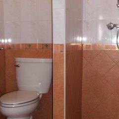 Отель Chaiyapoon Inn Таиланд, Паттайя - отзывы, цены и фото номеров - забронировать отель Chaiyapoon Inn онлайн ванная фото 2