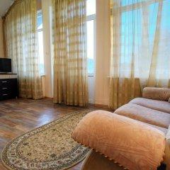 Гостиница Континент 2* Люкс с двуспальной кроватью фото 21