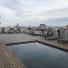 Hotel Urpí бассейн