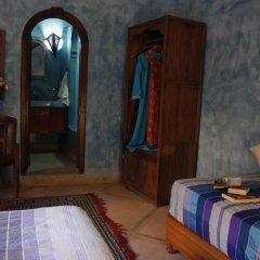 Отель Riad Azenzer комната для гостей фото 5