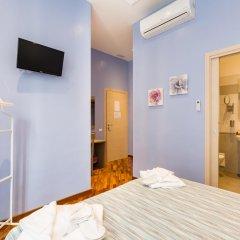 Отель La Grande Bellezza Guesthouse Rome 2* Стандартный номер с различными типами кроватей фото 18