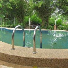 Отель Darin Bungalow бассейн