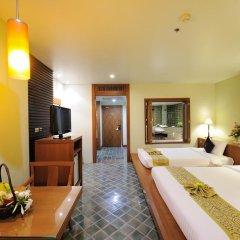 The Royal Paradise Hotel & Spa 4* Улучшенный номер с двуспальной кроватью фото 7