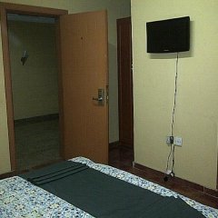 Отель Greenland Suites сейф в номере