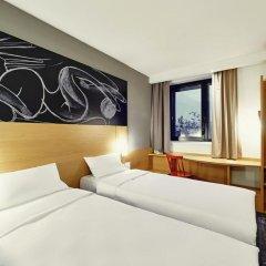 Отель ibis Yerevan Center комната для гостей фото 4