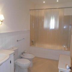 Отель Monte Ingles Португалия, Понта-Делгада - отзывы, цены и фото номеров - забронировать отель Monte Ingles онлайн ванная