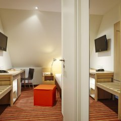 Hotel Victoria 4* Стандартный номер с различными типами кроватей фото 5