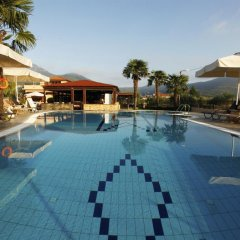 Ariadni Hotel Bungalows бассейн