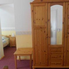 Отель Poska Villa Guesthouse удобства в номере