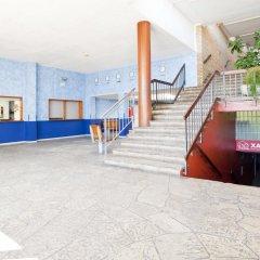 Отель Alberg Santa Maria del Mar спортивное сооружение