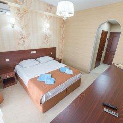 Гостиница Atrium Lux 3* Номер Делюкс с двуспальной кроватью фото 6