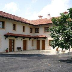 Отель Apartamentos Rurales la Taberna парковка