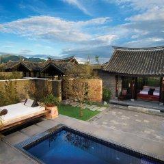 Отель Banyan Tree Lijiang 5* Вилла разные типы кроватей фото 21