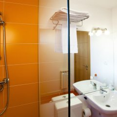 Отель Apartamentos Bahia de Boo Испания, Эль-Астильеро - отзывы, цены и фото номеров - забронировать отель Apartamentos Bahia de Boo онлайн ванная фото 2