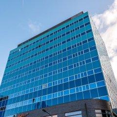 Отель XO Hotels Blue Tower бассейн