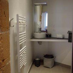 Отель Apt. Vieux Lyon Centre Historique ванная фото 2