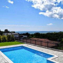 Отель Villa Gioia del Sole Болгария, Балчик - отзывы, цены и фото номеров - забронировать отель Villa Gioia del Sole онлайн бассейн фото 2