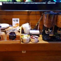 Отель Pop Jongno Южная Корея, Сеул - отзывы, цены и фото номеров - забронировать отель Pop Jongno онлайн питание
