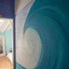 Отель Ericeira Surf Camp 2* Кровать в общем номере двухъярусные кровати фото 32