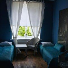 Yoga Hostel Zelenaya Tara Кровать в мужском общем номере с двухъярусной кроватью фото 3