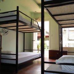 Hanoi Massive Hostel Кровать в общем номере с двухъярусной кроватью фото 2