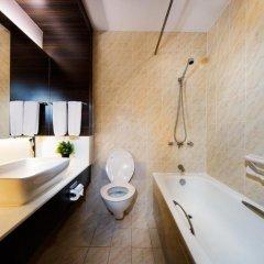 Village Hotel Bugis 4* Улучшенный номер с двуспальной кроватью фото 4