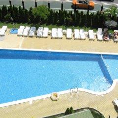 Отель Julia Свети Влас бассейн