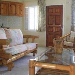 Отель The Crest Conference & Retreat Center комната для гостей