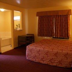 Отель American Inn & Suites LAX Airport 2* Люкс повышенной комфортности с различными типами кроватей фото 4